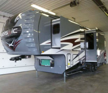 2014 JAYCO SEISMIC Fifth wheel Toy hauler RVShowrooms.com 1