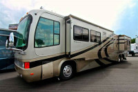 2002 Monaco Signature 45ft Diesel pusher rvshowrooms.com 1