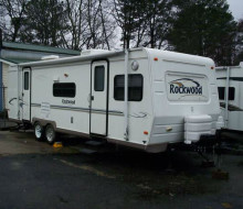 2004 ROCKWOOD 26 FT CAMPER 1
