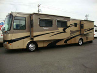 2004 Holiday Rambler Endeavor 40PDQ 1