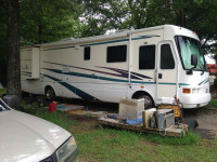 2001 NATIONAL TRADEWINDS DIESEL PUSHER 1