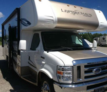 2012 Coachmen Leprechaun 350 Ford 230 B 1