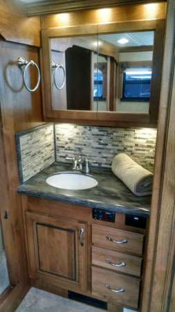 Diesel Rv For Sale >> 2014 Monaco Knight 40 Diesel Pusher - RVShowrooms.com