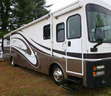 2002 Fleetwood Discovery 37T 1