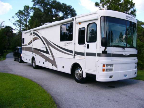 2001 Fleetwood Discovery RV Diesel Pusher - RVShowrooms com