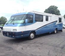 1999 AIRSTREAM LAND YACHT DIESEL PUSHER 1